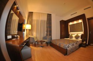 Small Beach Hotel, Hotels  Turgutreis - big - 10