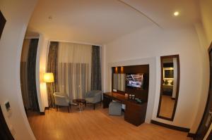 Small Beach Hotel, Hotels  Turgutreis - big - 7