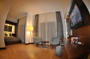 Small Beach Hotel, Hotels  Turgutreis - big - 4