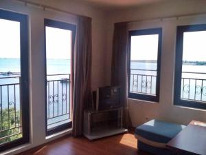 Bulgarienhus Marina apartments, Apartments  Aheloy - big - 8