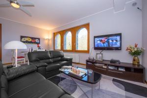 Casa Monaco, Apartmanok  Pianello Del Lario - big - 27