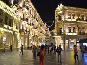 Отели рядом с Русским Драматическим театром в Баку