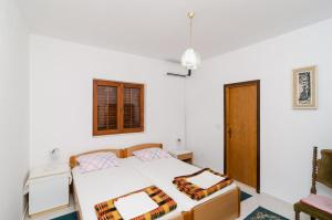 Guesthouse Sobra, Penziony  Sobra - big - 79