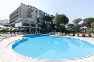 Grand Hotel Gallia, Hotely  Milano Marittima - big - 28