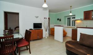 Green Apartments, Apartmány  Tivat - big - 25