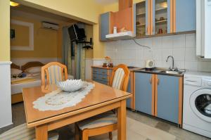 Green Apartments, Apartmány  Tivat - big - 32