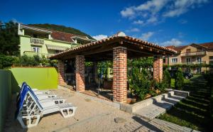 Green Apartments, Apartmány  Tivat - big - 29