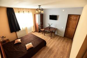 Pensiunea Casa Diaspora, Отели типа «постель и завтрак»  Тыргу-Жиу - big - 9