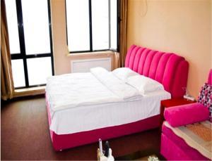 Sweet House Theme Apartment(Da Lian Yi Feng New Town Apartment Branch), Ferienwohnungen  Jinzhou - big - 18