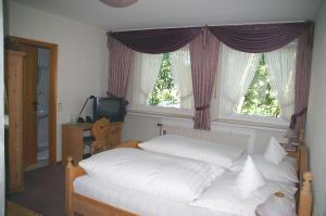 Hotel Restaurant Bieberstuben, Hotely  Menden - big - 4