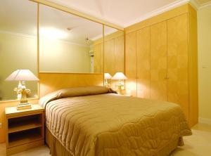 Batavia Apartments, Hotel & Serviced Residences, Апарт-отели  Джакарта - big - 37