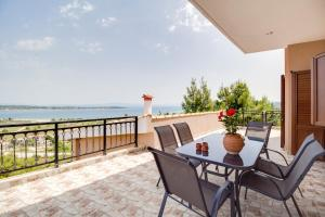 Sea View Villas, Appartamenti  Vourvourou - big - 40