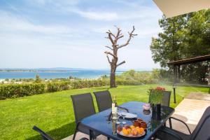 Sea View Villas, Appartamenti  Vourvourou - big - 1