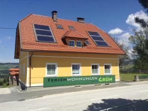 Ferienwohnungen Grün, Apartments  Preitenegg - big - 15