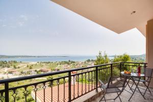 Sea View Villas, Appartamenti  Vourvourou - big - 51