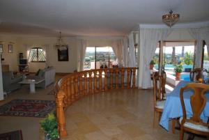 Villa Boutique Rentals - Algarve, Vily  Almancil - big - 28