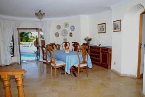 Villa Boutique Rentals - Algarve, Vily  Almancil - big - 29
