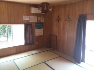 Guest House Isa, Гостевые дома  Мотобу - big - 9