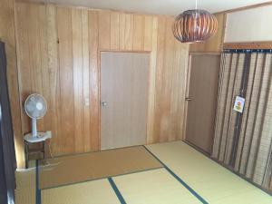 Guest House Isa, Гостевые дома  Мотобу - big - 8