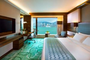 King or Twin Suite with Harbour View