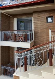 Athos Thea Luxury Rooms, Apartmány  Sarti - big - 28