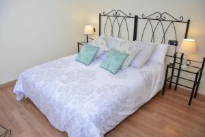 Ahro Suites, Апартаменты  Малага - big - 131