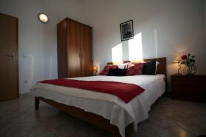 Apartment Anna, Apartmanok  Trogir - big - 8