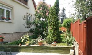 Small House Apartment, Pensionen  Kerepes - big - 19