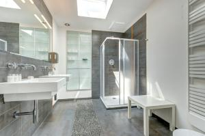Dom & House - Apartamenty Monte Cassino, Apartmány  Sopoty - big - 99
