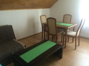 Guesthouse Bubalo, Affittacamere  Drežnik Grad - big - 10