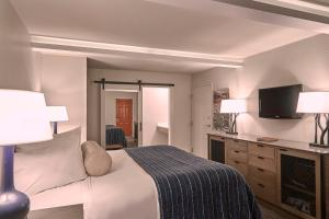 Fredericksburg Inn and Suites, Hotel  Fredericksburg - big - 11