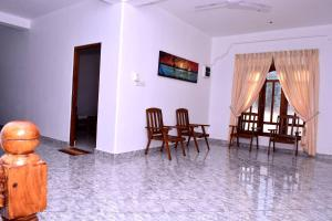 Pigeon Beach Hotel, Hotely  Nilaveli - big - 3