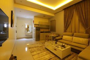 Dorrah Suites, Aparthotels  Riad - big - 77
