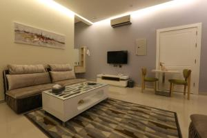 Dorrah Suites, Aparthotels  Riad - big - 29