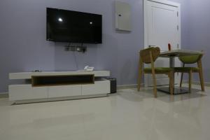 Dorrah Suites, Aparthotels  Riad - big - 59