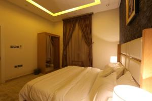 Dorrah Suites, Aparthotels  Riad - big - 49