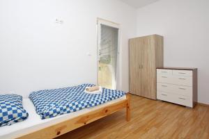 Apartments Jasmina, Apartmány  Novalja - big - 23