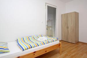 Apartments Jasmina, Apartmány  Novalja - big - 31