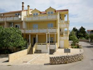 Apartments Jasmina, Apartmány  Novalja - big - 45