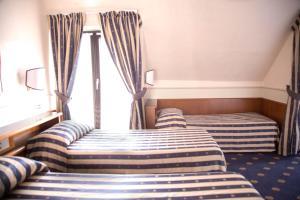 Hotel Flora, Отели  Милан - big - 39