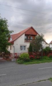 Small House Apartment, Pensionen  Kerepes - big - 22
