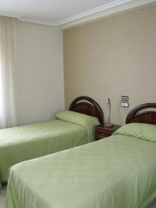 Hostal Salones Victoria, Penzióny  Santa Marina del Rey - big - 4