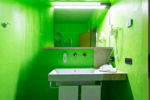 Ambienthotel PrimaLuna, Hotely  Malcesine - big - 71
