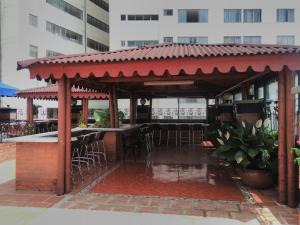 Ribera del Rio Av 2da Norte, Aparthotels  Cali - big - 37