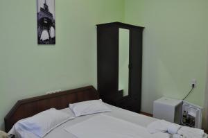 Hotel Plus, Hotels  Tbilisi City - big - 73