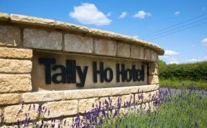The Tally Ho Hotel - B&B