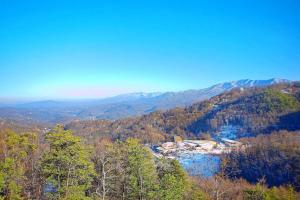 Breathtaking Views Holiday home, Prázdninové domy  Sevierville - big - 27