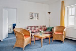 Haus Seeblick Hotel Garni & Ferienwohnungen, Hotely  Zinnowitz - big - 43