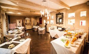 Paris Rome, Hotels  Menton - big - 44