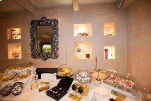 Paris Rome, Hotels  Menton - big - 40